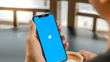 iPhoneでTwitterのリプライやDMをプッシュ通知で受け取る方法!設定の手順を詳しく解説します