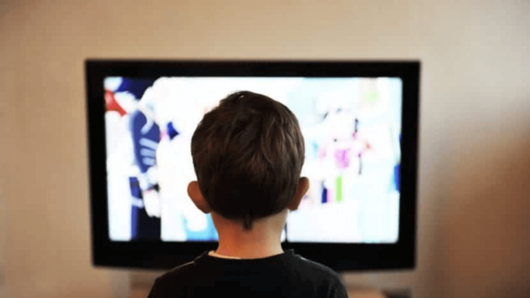 iPhoneとTV(テレビ)を繋いで画面を出力する方法