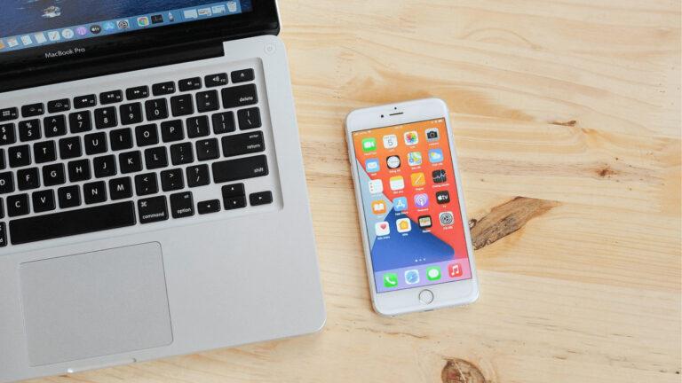 iPhoneで自分の電話番号やメールアドレスを確認する方法