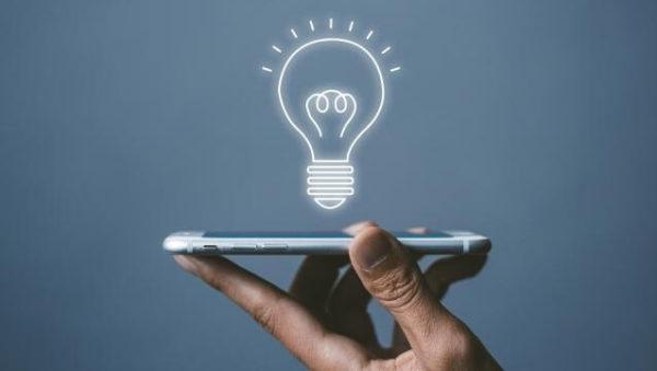 iPhoneの懐中電灯の活用方法