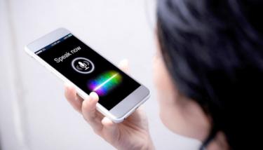 iPhoneで『音声入力』で文字を入力する方法!しゃべった言葉が文字になる最速?の文字入力